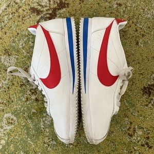 Nike Shoes - Nike Classic Cortez sneakers